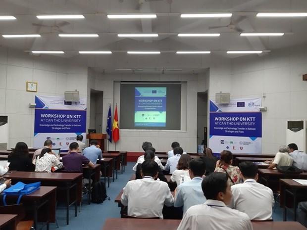 Intercambian expertos vietnamitas y europeos sobre estrategias de transferencia de tecnologias hinh anh 1