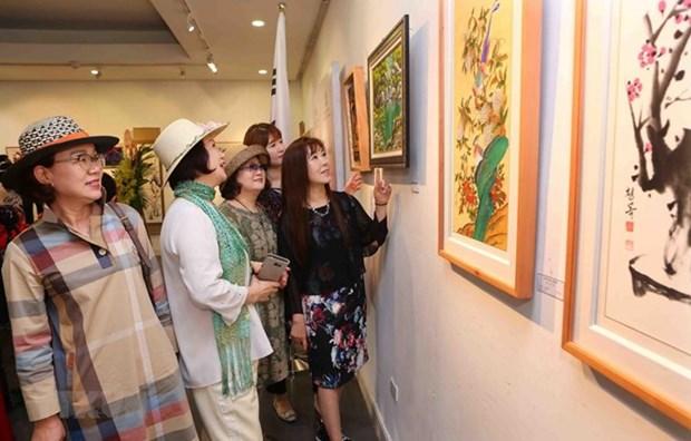 Celebran por primera vez Exhibicion de Intercambio Artistico Corea del Sur - Vietnam hinh anh 1