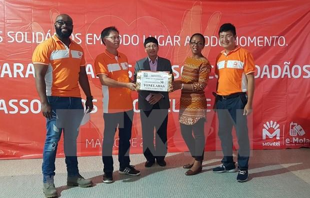 Empresa conjunta vietnamita apoya en Mozambique a damnificados por el ciclon Idai hinh anh 1