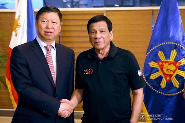 Promueven China y Filipinas sus relaciones bilaterales hinh anh 1