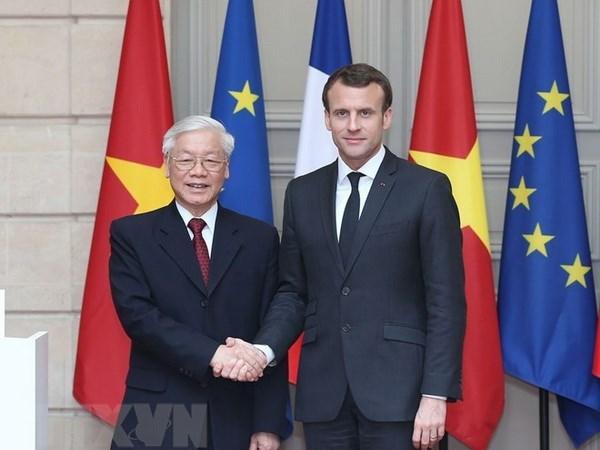 Destacan parlamentarios franceses avances en las relaciones entre su pais y Vietnam hinh anh 1