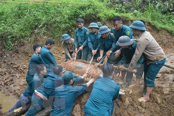Mitin en Vietnam en respuesta al Dia Internacional contra las minas hinh anh 1