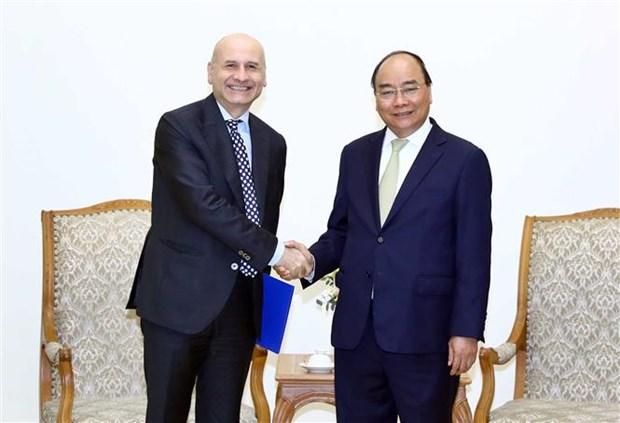 Respalda primer ministro de Vietnam apertura de ruta aerea directa a Italia hinh anh 1