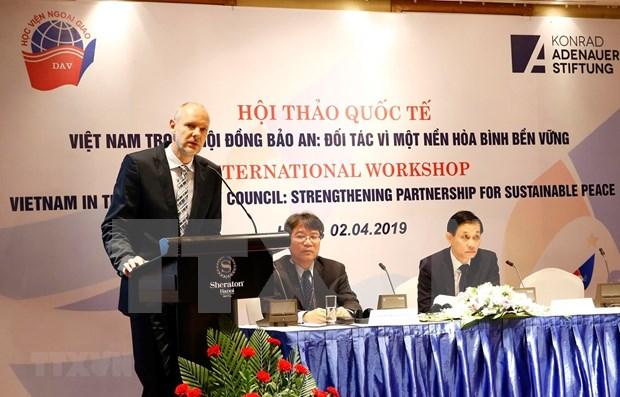 Reafirma Vietnam voluntad de trabajar por la paz y seguridad en el mundo hinh anh 1