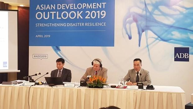 Pronostican crecimiento economico de Vietnam del 6,8 por ciento en 2019 hinh anh 1