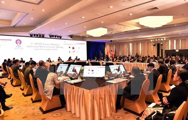 Exhorta Vietnam a ASEAN a fomentar estabilidad financiera regional hinh anh 1