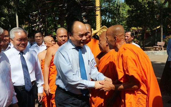 Premier vietnamita destaca aporte de la comunidad Khmer a los logros del pais hinh anh 1