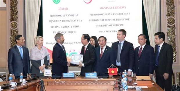 CFI respalda a Ciudad Ho Chi Minh en el sector de salud hinh anh 1