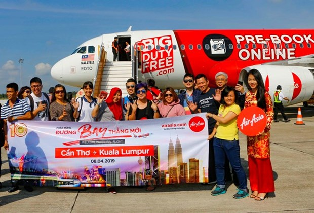 Abre aerolinea malasia la ruta con ciudad vietnamita hinh anh 1