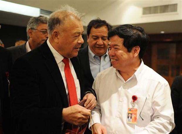 Participa delegacion partidista vietnamita en foro politico internacional en Mexico hinh anh 1