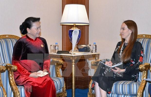 Presidenta del Parlamento de Vietnam se reune con titular de la UIP hinh anh 1