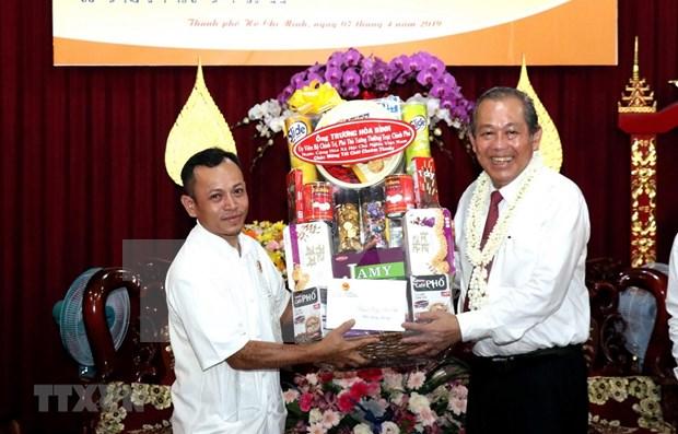 Reafirma vicepremier de Vietnam politica de garantizar la libertad de religion hinh anh 1