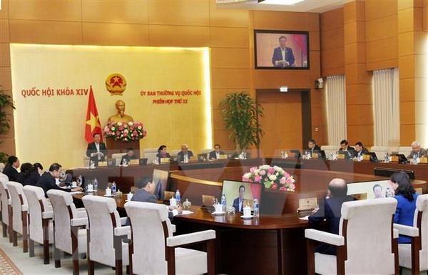Inauguran reunion 33 del Comite Permanente del Parlamento de Vietnam hinh anh 1