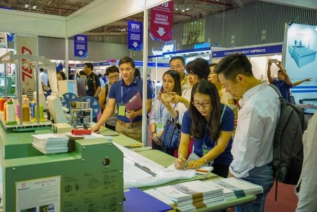 Inauguran en Vietnam exposicion internacional de confecciones textiles hinh anh 1