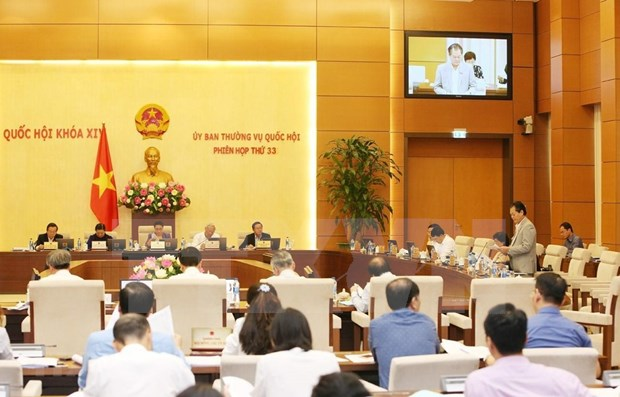 Parlamento de Vietnam analiza Ley de Negocios del Seguro (modificada) hinh anh 1