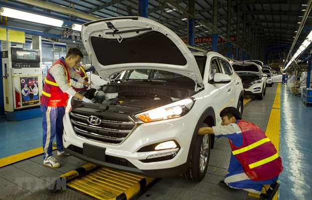 Aumentan en Vietnam las ventas de autos importados hinh anh 1