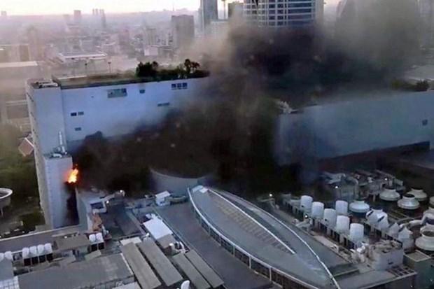 Incendio en centro comercial de Tailandia causa al menos dos muertes y heridas a 14 personas hinh anh 1