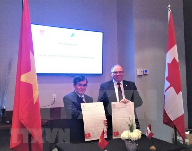 Firman Vietnam y Canada memorando de cooperacion en auditoria hinh anh 1