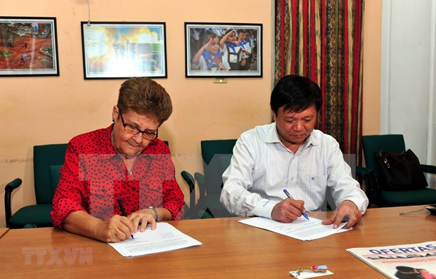 Fortalece Agencia Vietnamita de Noticias cooperacion con socios de Cuba hinh anh 1