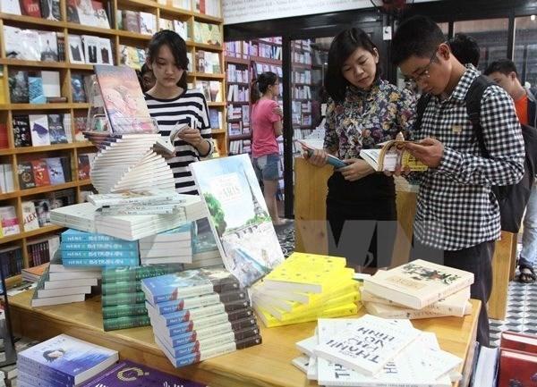 Celebraran este mes amplias actividades en saludo al Dia del Libro de Vietnam hinh anh 1