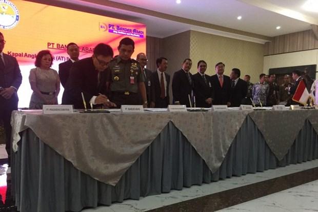 Indonesia firma grandes contratos de armamento y construccion militar hinh anh 1