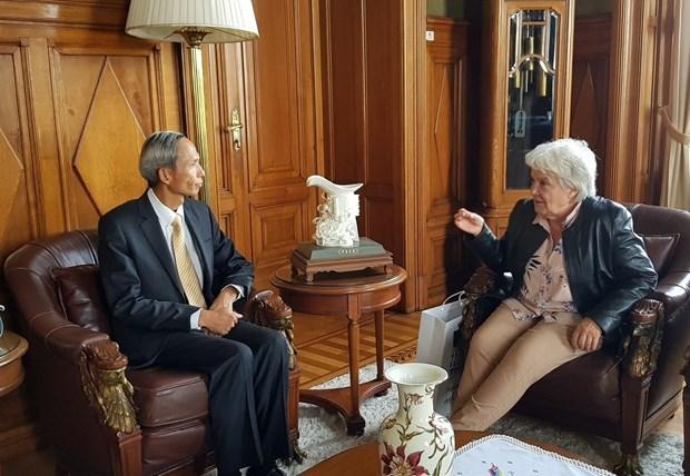 Vietnam fomenta relaciones de cooperacion con Uruguay hinh anh 1