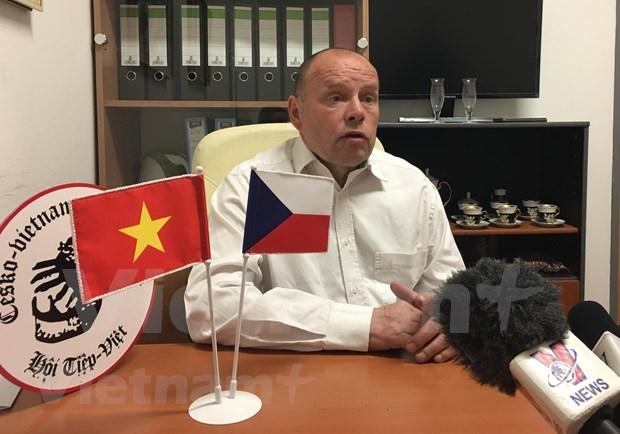 Opinion publica checa destaca visita del premier vietnamita hinh anh 1