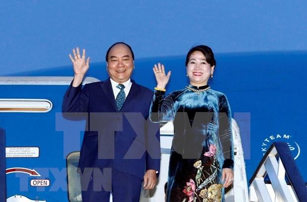 Inicia premier vietnamita su visita oficial a Rumania hinh anh 1
