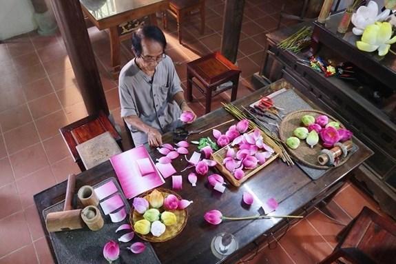 Presentaran artesanias tradicionales vietnamitas en Festival de Hue hinh anh 1