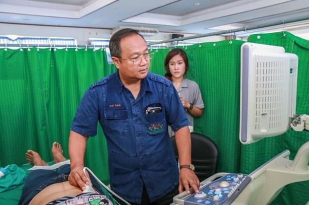 Apoya Tailandia a Laos en el fortalecimiento de la salud publica hinh anh 1