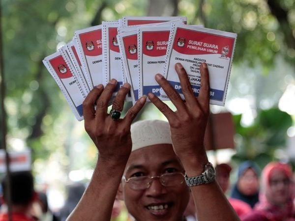 Comienzan Indonesia las elecciones mas grandes de su historia hinh anh 1