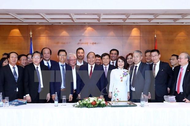 Destacan premier vietnamita aportes de Union de Asociaciones de connacionales en Europa hinh anh 1