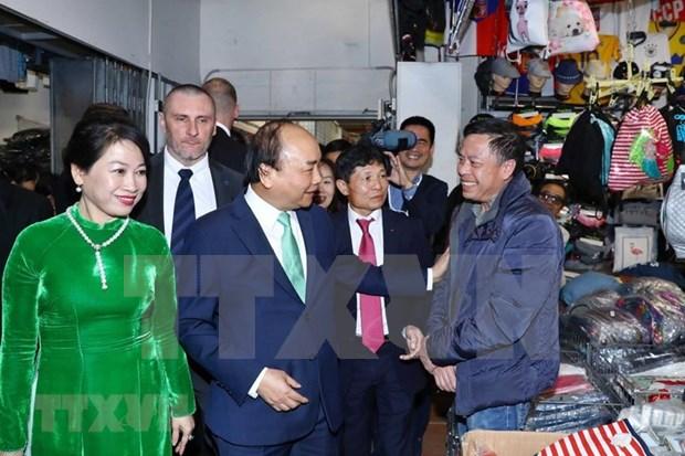 Reconocen contribucion de vietnamitas residentes en la Republica Checa a su tierra natal hinh anh 1