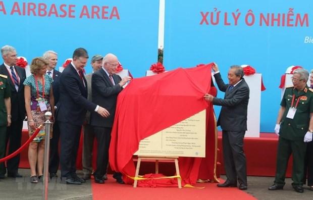 Lanzan proyecto de descontaminacion de dioxina en el aeropuerto de Bien Hoa hinh anh 1