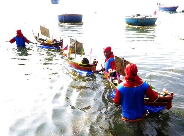 Ceremonia en honor a soldados de flotilla marina Hoang Sa en Quang Ngai hinh anh 1