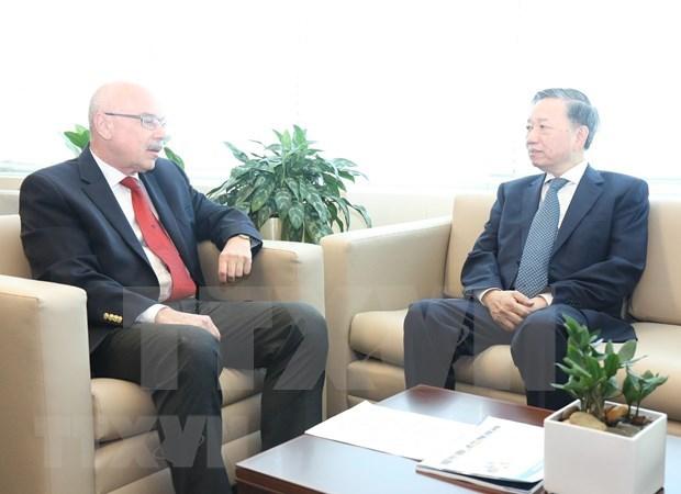 Dispuesto Vietnam a acoger reuniones globales sobre la lucha antiterrorista hinh anh 1