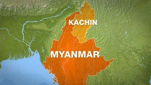 Mueren decenas de personas en Myanmar tras derrumbe de mina hinh anh 1