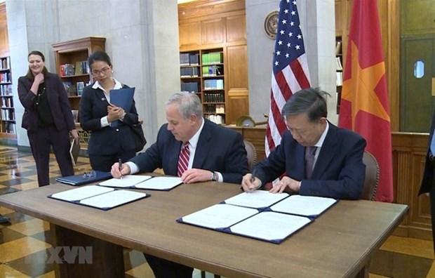 Refuerzan Vietnam y Estados Unidos lucha contra comercio ilegal de vida silvestre hinh anh 1