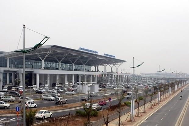 Estudian en Vietnam aumentar la capacidad del aeropuerto Noi Bai hinh anh 1