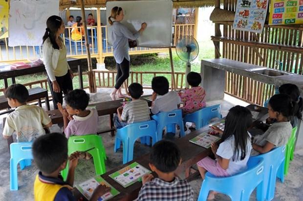 Camboya reduce el horario escolar por ola de calor hinh anh 1