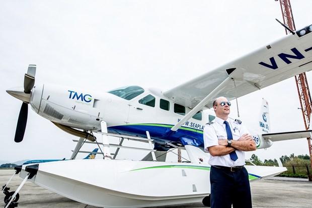 Inauguran viaje de hidroavion entre ciudades vietnamitas de Hue y Da Nang hinh anh 1