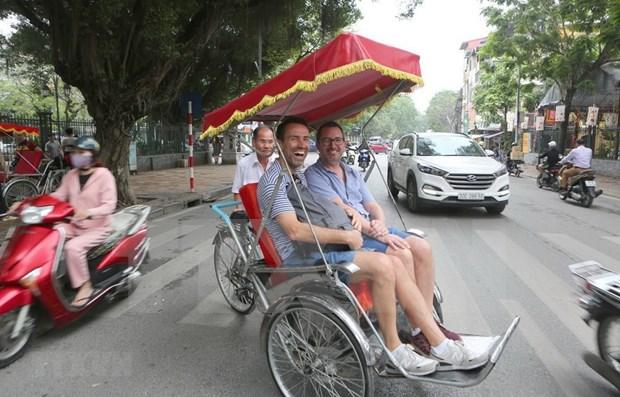 Aumenta la llegada de turistas internacionales a Vietnam hinh anh 1