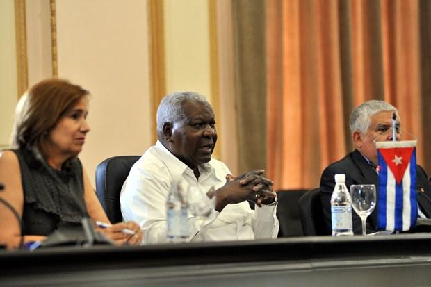 Parlamentos vietnamita y cubano reiteran disposicion de fortalecer cooperacion hinh anh 4