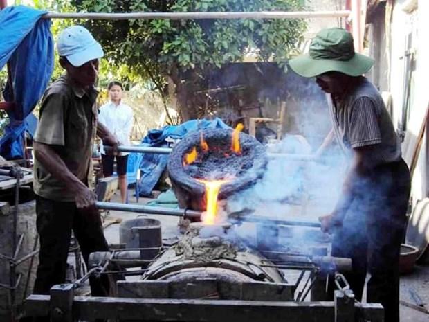 Competencia de fundicion tradicional de campanas y tambores en Thanh Hoa hinh anh 1