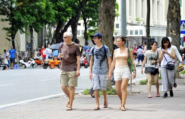Hanoi recibe a 440 mil turistas durante cuatro dias de asueto hinh anh 1