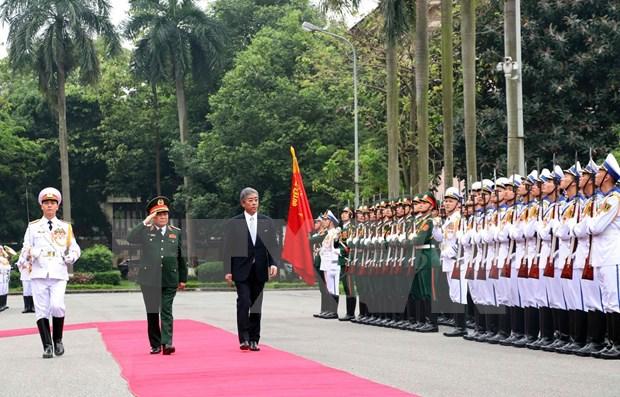 Vietnam y Japon refuerzan nexos en defensa hinh anh 1