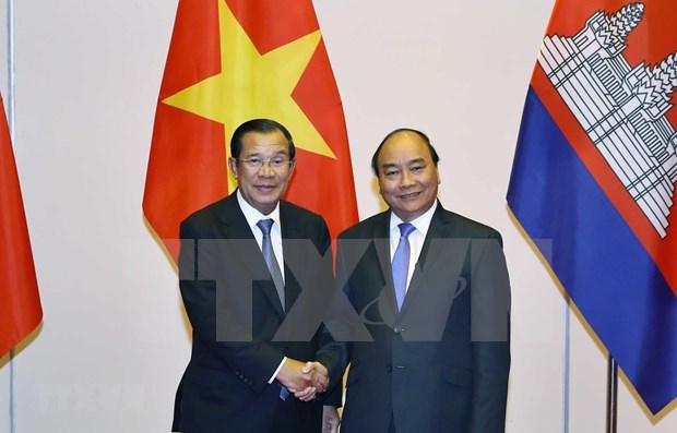 Primer ministro de Vietnam recibe a dirigentes de Camboya y Laos hinh anh 1