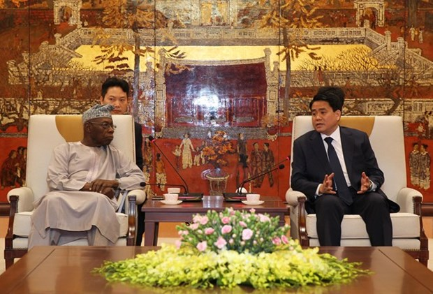 Intercambian autoridades de Hanoi y expertos africanos experiencias economicas hinh anh 1