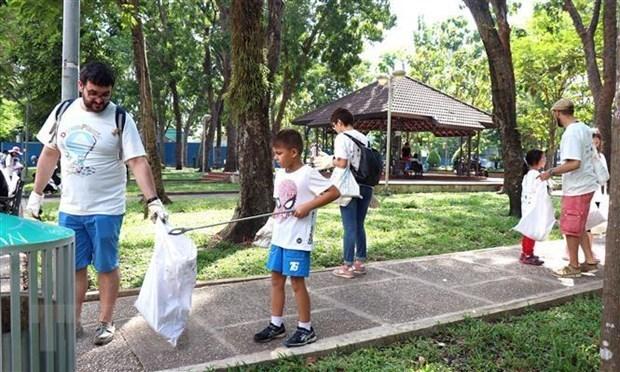Premier vietnamita llama a resolver contaminacion por plasticos hinh anh 1