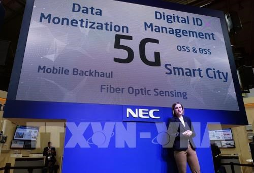 Realizan en urbes vietnamitas servicios experimentales de tecnologia 5G hinh anh 1